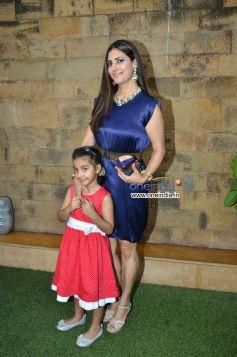 Perizaad Kolah with daughter