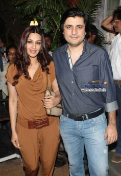 Sonali Bendre at Sanjay Leela Bhansali's 50th Birthday Celebration