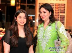 Anjali and Sara Tendulkar at the Raymond Shop
