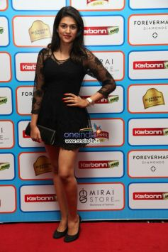 Karbonn Smart CCL Glam Night -Hyderabad