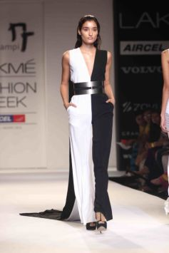 LFW Summer Resort 2013 Day 02 Nikhil Thampi's Show