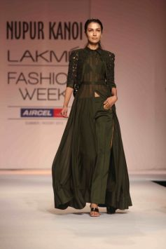 LFW Summer Resort 2013 Day 02 Nupur Kanoi's Show