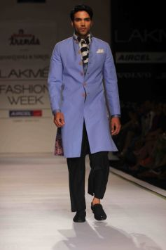 Shantanu & Nikhil Show at LFW Summer Resort 2013 Grand Finale