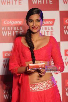 Sonam Kapoor Launch Colgate Visible White toothpaste