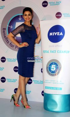 Parineeti Chopra Launch Nivea Total Face Clean Up cream