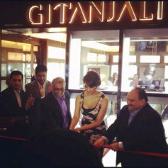 Bipasha Basu Launches Gili at Paris