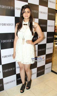 Alia Bhatt launches the Forever 21 store