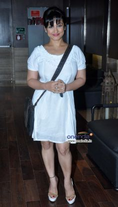 Divya Dutta at launch of Dr Dinyar's book on perfect skin