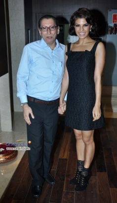 Jacqueline Fernandez launches Dr Dinyar's book on perfect skin