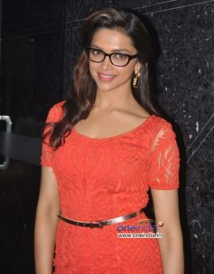 Deepika Padukone unveils Vogue Eyewear collection
