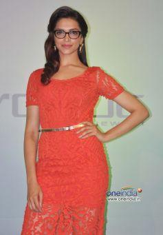 Deepika Padukone unveils Vogue Eyewear collection