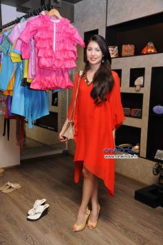 Designer Sonya Vajifdar Showcase at Atosa