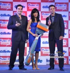 Arbaaz Khan, Chitrangada Singh and Rahul Dravid at Launch of Gillette Fusion Power