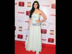 Alia Bhat In Strapless Gown