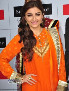 Soha Ali Khan launch of Shoppers stop's Salwar Kameez & Kurti