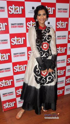 Sonam Kapoor Unveils Latest Issue of Starweek.