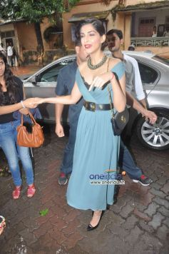 Sonam Kapoor arrive at Stardust August 2013 cover launch
