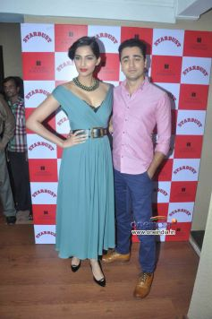 Sonam Kapoor & Imran Khan during Stardust August 2013 cover launch