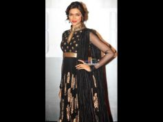 Deepika's Black and Gold Anarkali Gown