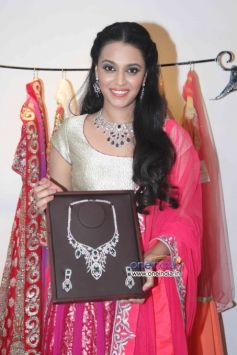 Swara Bhaskar at Launch of fashion designer Shouger Merchant's store