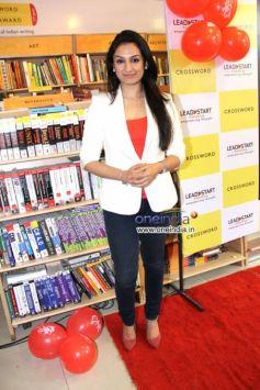 Akruti Kakkar at Launch of Shriya Sekhsaria's book One