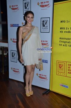 Aditi Rao Hydari at 10th Mirchi Kaan Awards 2013