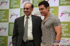 Mr. Adi Godrej, Chairman Godrej Group, with Aamir Khan, Godrej Group brand ambassador