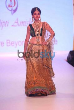Aditi Rao Hydari Turns Showstopper
