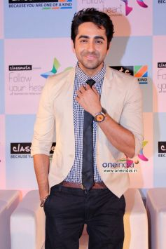 Ayushmann Khurrana poses during an interactive session with students Follow Your Heart