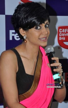 Mandira Bedi addressing media at the Launch of FedEx's Rakhi special offer