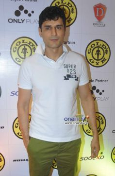 Model Niketan Madhok at Relaunch of Golds Gym Bandra