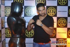 Yuvraj Singh at Relaunch of Golds Gym Bandra