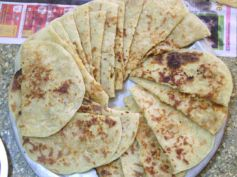 Holige: Varamahalakshmi Special Recipe