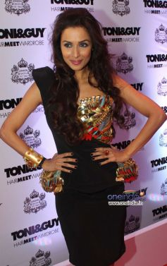 Malaika Arora Khan walk the ramp during Toni and Guy Hair Meet Wardrobe Launch