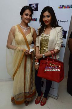 Anita Hassanandani & Nancy Parikh at the Sagar Samir International collections Fashion show