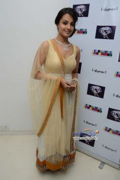 Anita Hassanandani at the Sagar Samir International collections Fashion show 'Amanaya' at ICIA House