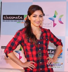 Soha Ali Khan poses during an interactive session with students Follow Your Heart