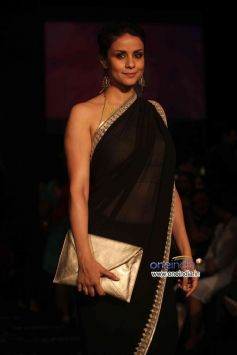 Gul Panag walks the ramp at Lakme Fashion Week Winter/Festive 2013 Day 01