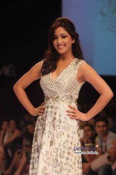 Mahie Gill walks the ramp at LFW Winter/Festive 2013 Day 01