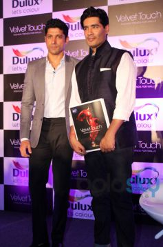 Manish Malhotra and Farhan Aktar at Dulux Velvet Event