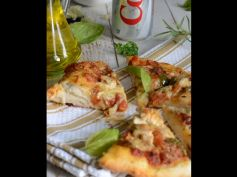 Herb Grilled Chicken Pizza With Coko Kola