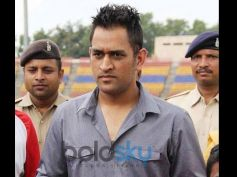 MS Dhoni In Rough Spikes Hairstyle