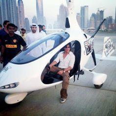 Shah Rukh Khan Siting Inside Gyro Copter at Skydive Dubai Events