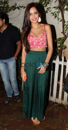 Shazahn Padamsee at Olive Bar in pink top
