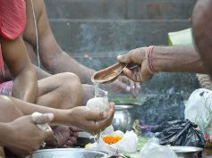 Significance Of Pitra Paksh Or Shraddh