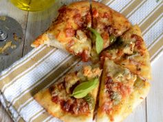 Weekend Special Grilled Chicken Pizza Must Have