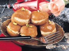 15 Best Recipes For Karva Chauth Malai Gulab Jamun