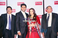 Aishwarya, Abhishek with Cheif of TTK Prestige