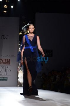 Amit Aggarwal  Designs In WIFW 2013