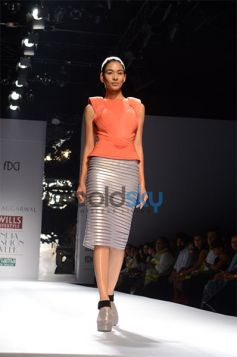 Amit Aggarwal  Designs In WIFW beautiful outifit